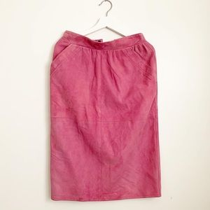 Vintage pink suede pencil skirt small pockets